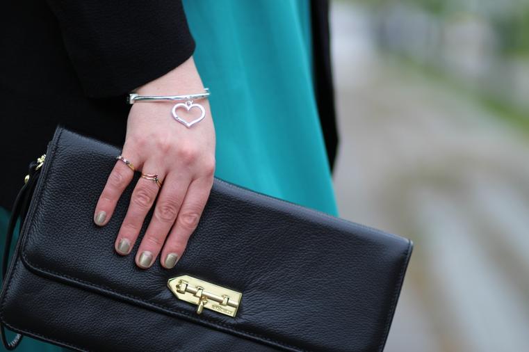 blog mode nantes pochette noire lou mysuelly