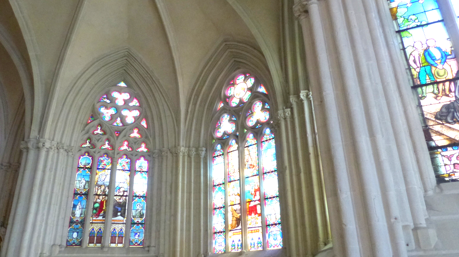 interieur cathedrale quimper