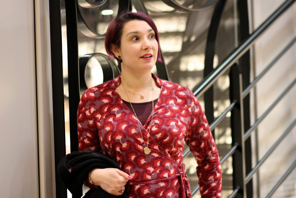 blog-mode-nantes-robe-portefeuille-rouge-imprimee-fiancee-du-mekong