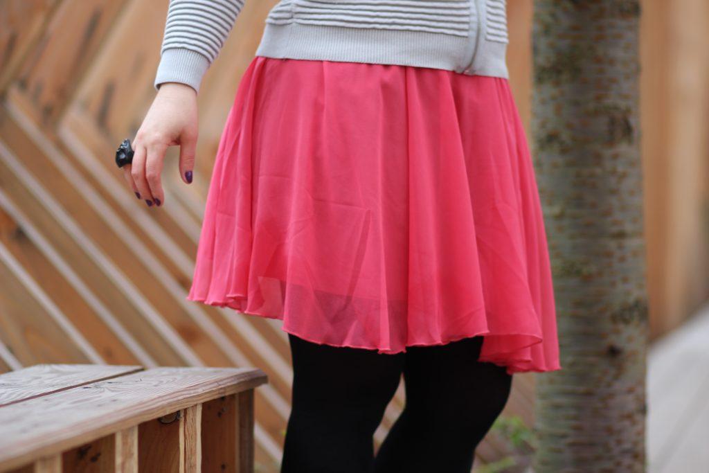 blog-mode-nantes-jupe-rose-blanche-porte