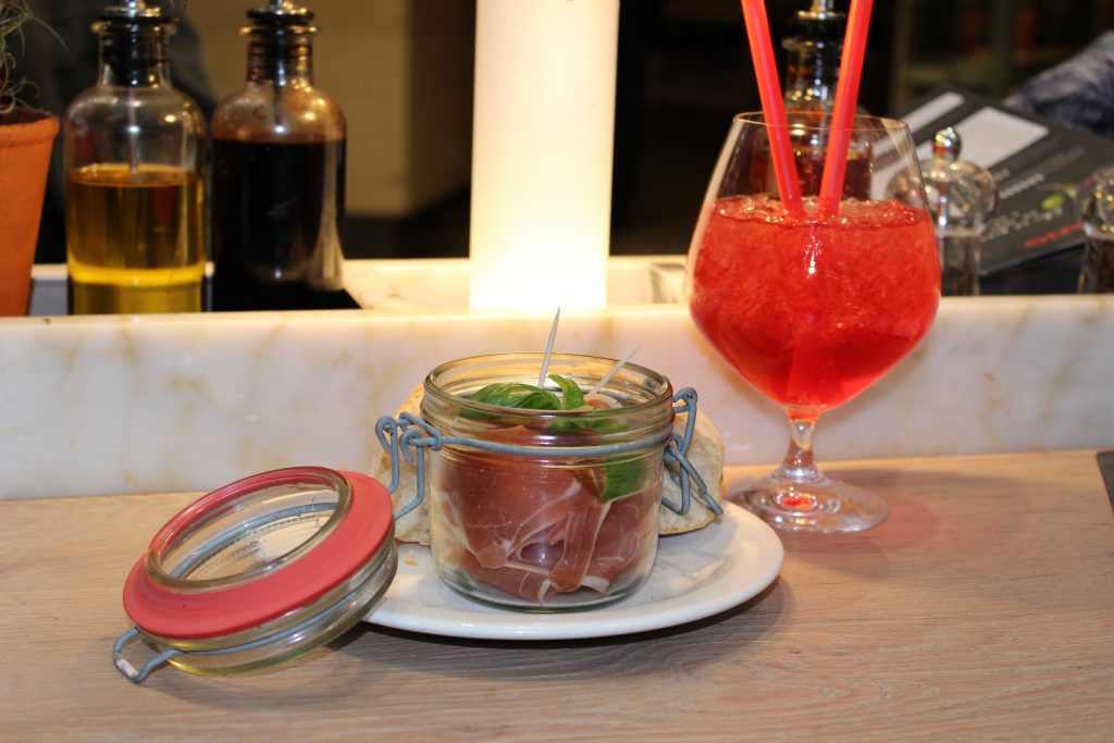 blog-mode-nantes-antipasti-et-cocktail-cosmopolitain-viapiano-atlantis