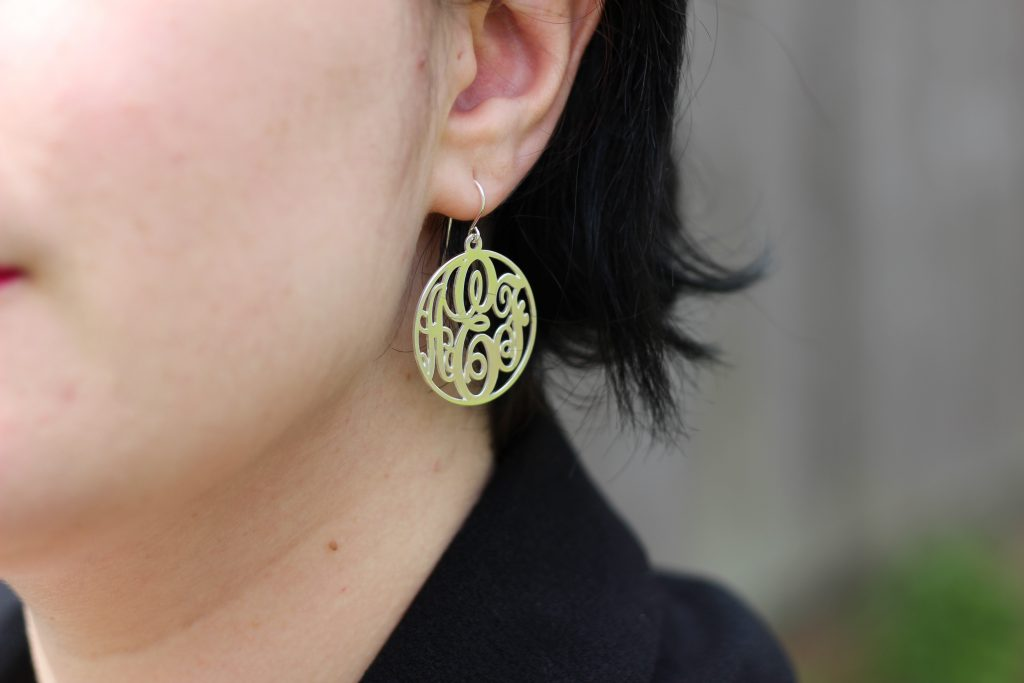 blog-mode-nantes-boucles-d-oreilles-monogramme-o-necklace