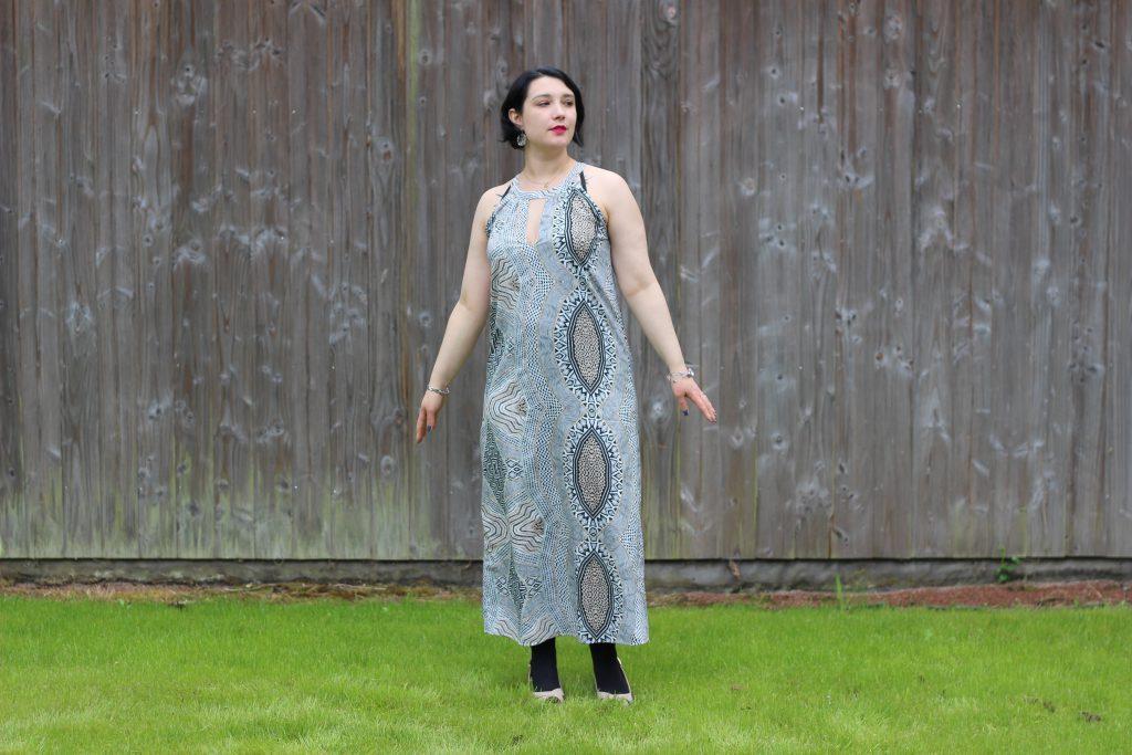 blog-mode-nantes-robe-motifs-blanche-porte