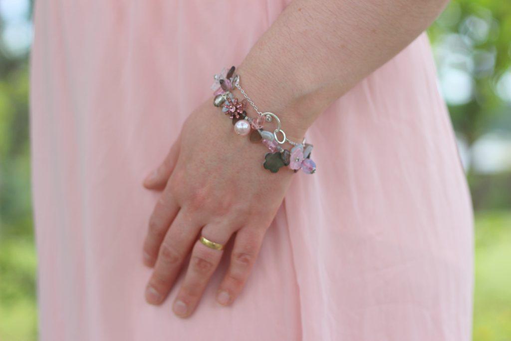 blog-mode-nantes-bijou-bracelet-rose-atelier-de-montsalvy