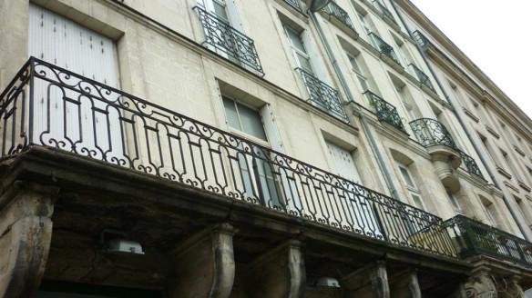 Nantes penche la tête et autres curiosités