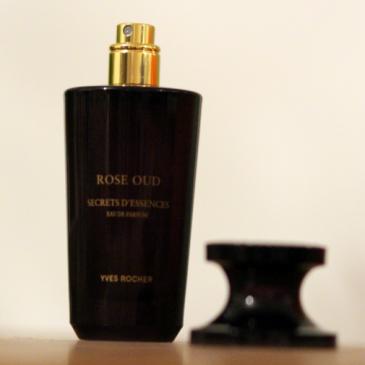 Le parfum Rose Oud par Yves Rocher