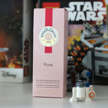 Eau Parfumée Bienfaisante ROSE par Roger et Gallet