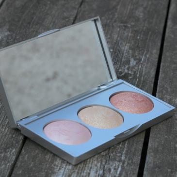 La palette Strobing Highlighter par Cookie's Make up – Golden Rose