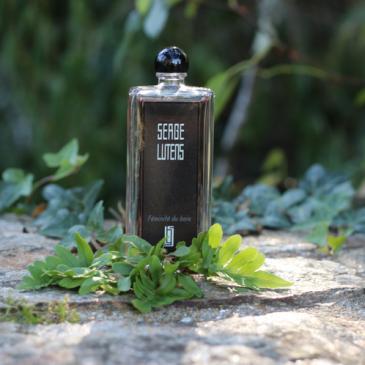 L'eau de parfum Féminité du bois par Serge Lutens