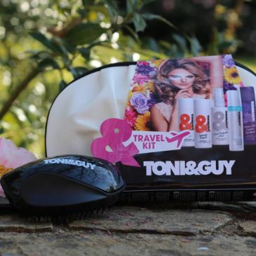 TONI&GUY Cleanse : le kit de voyage pour cheveux