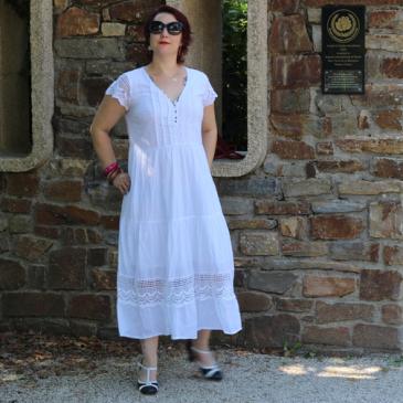 Le Graal des vêtements en cas de canicule : la robe longue