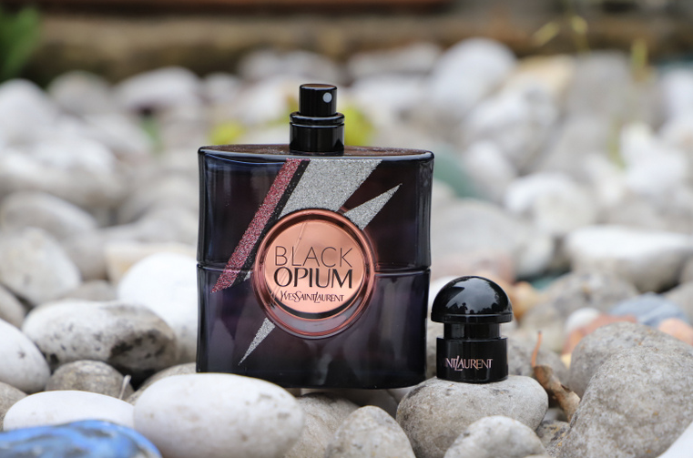 flacon black opium storm illusion