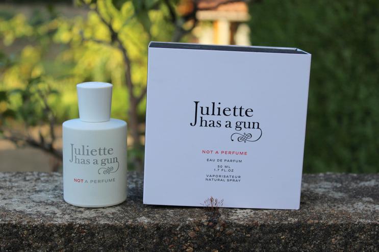 Juliet has a gun not a perfume