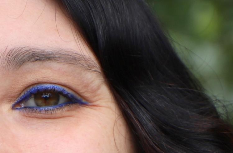 maquillage de rentrée bleu néon Bourjois eye liner waterproof