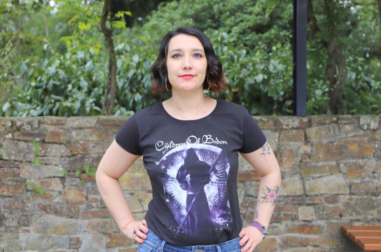 T shirt de groupe et maquillage de rentrée