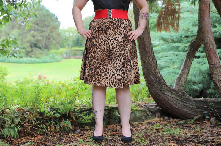 bas de la robe pin up imprimé léopard
