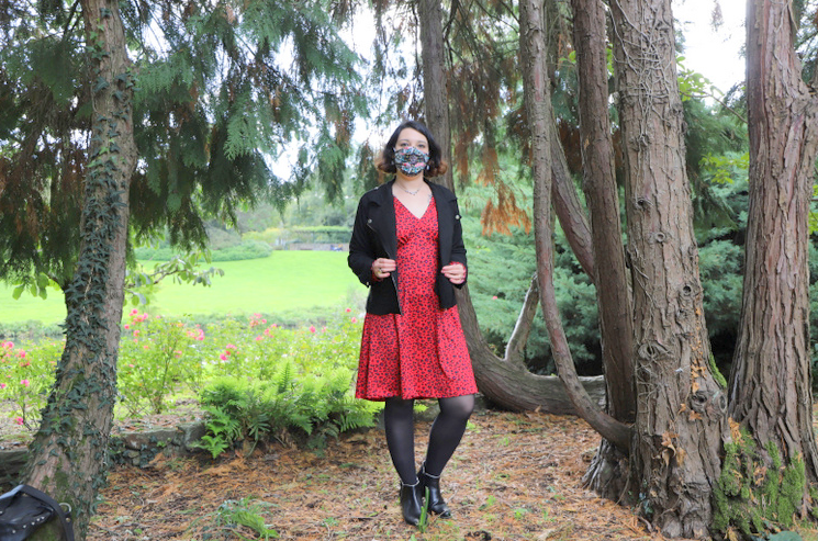 look graou rouge