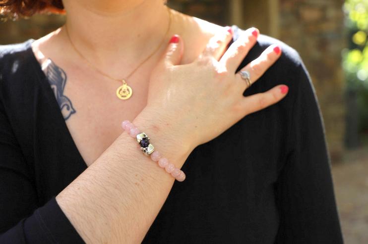bracelet flibustier dans look robe noire