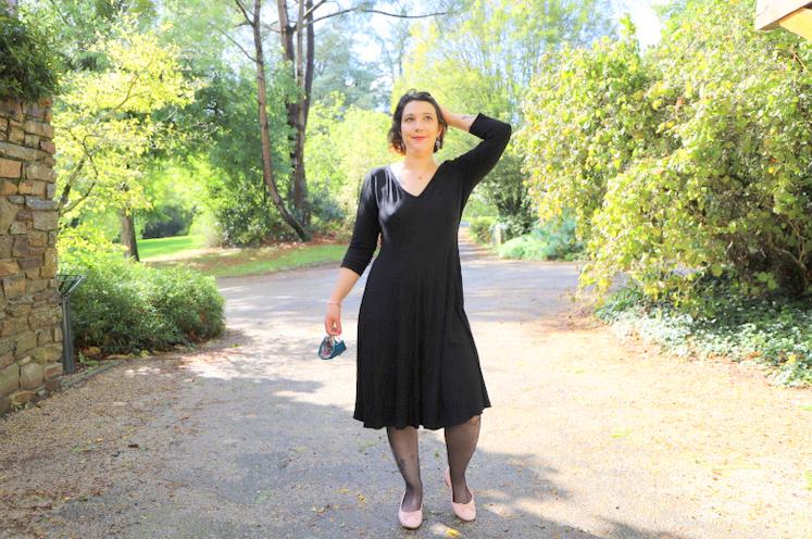 petite robe noire blancheporte évasée
