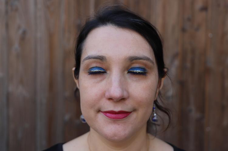 maquillage de fêtes à paillettes chez Notino