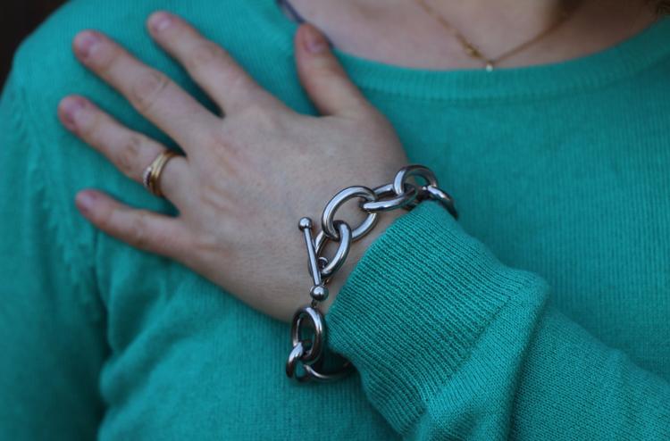 bracelet dans look green