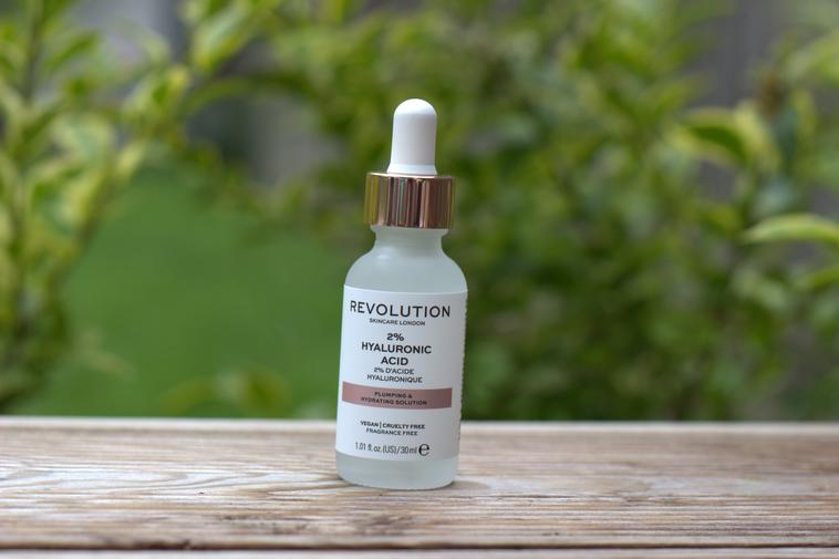 Revolution Skincare acide hyaluronique